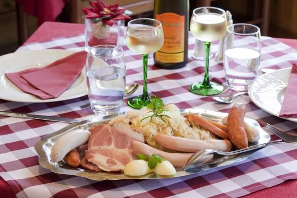 ChoucrouteLes Maraîchers · Alsatian Restaurant in Colmar