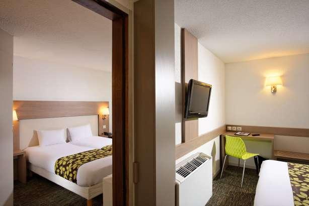 Hotel pas cher colmar les mara chers hotel 3 toiles for Chambre communicante
